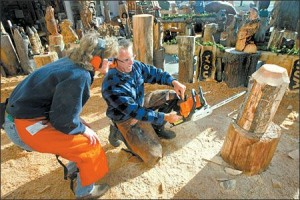 Chainsaw carving classes